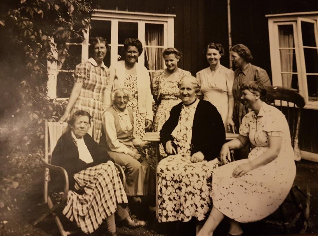 Familjen Brusén och troligen några vilohemsgäster